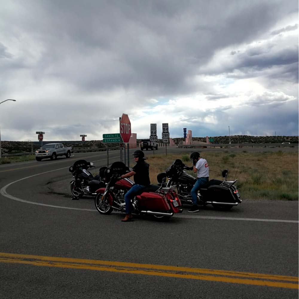 Viajando con tormenta hacia Española y el norte de Nuevo Mexico